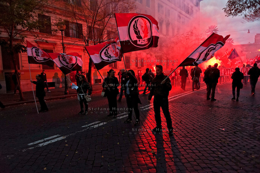 Roma, 10 Novembre 2012.Manifestazione del Movimento Sociale Europeo contro il Governo Monti  la BCE e Equitalia..The movement MSE (European social movement) marches in Rome from Risorgimento square to Cavour square.Militants of MSE protest against the government' s work.