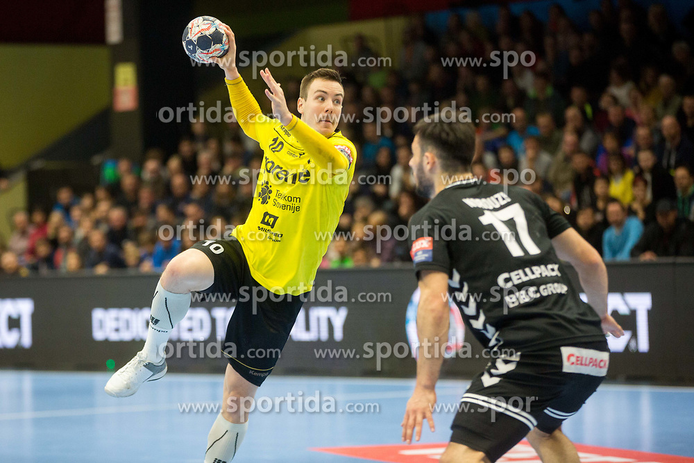 Rok Ovnicek of RK Gorenje Velenje during handball match between RK Gorenje Velenje and Kadetten Schaffhausen in VELUX EHF Champions League, on November 25, 2017 in Rdeca Dvorana, Velenje, Slovenia. Photo by Ziga Zupan / Sportida