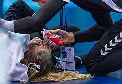 16-12-2018 FRA: Women European Handball Championships bronze medal match, Paris<br /> Romania - Netherlands 20-24, Netherlands takes the bronze medal / Tess Wester #33 of Netherlands injured