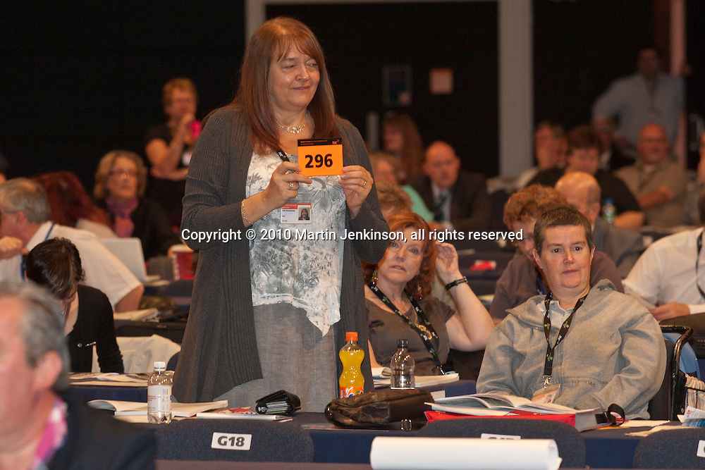Gill Goodswen, NUT President, casts the unions vote at the TUC Conference 2010.