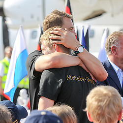15.07.2014, Flughafen, Muenchen, GER, FIFA WM, Empfang der Weltmeister in Deutschland, Finale, im Bild l-r: Manuel Neuer #1 (Deutschland) umarmt Toni Kroos #18 (Deutschland) // during Celebration of Team Germany for Champion of the FIFA Worldcup Brazil 2014 at the Flughafen in Muenchen, Germany on 2014/07/15. EXPA Pictures © 2014, PhotoCredit: EXPA/ Eibner-Pressefoto/ Kolbert  *****ATTENTION - OUT of GER*****