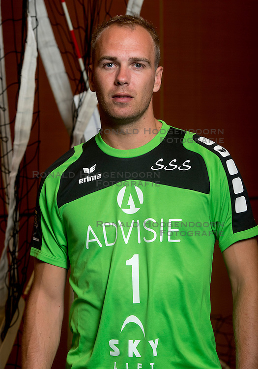 05-10-2016 NED: Selectie SSS 2016-2017, Barneveld<br /> De spelers van eredivisie club SSS voor het seizoen 2016-2017 / Frank van den Noort