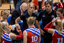 02-10-2016 NED: Supercup VC Sneek - Eurosped, Doetinchem<br /> Eurosped wint de Supercup door Sneek met 3-0 te verslaan / Fenna Zeinstra