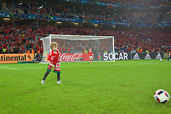 LILLE, FRANCE - Friday, July 1, 2016: Ian Mitchall's son after Wales' 3-1 victory over Belgium during the UEFA Euro 2016 Championship Quarter-Final match at the Stade Pierre Mauroy. (Pic by David Rawcliffe/Propaganda)