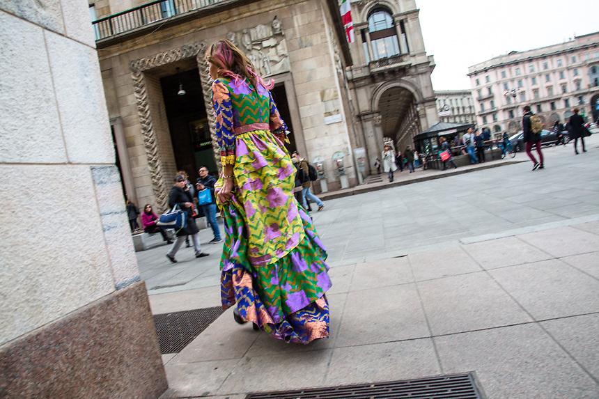 Anna Dello Russo, a la fin du repas d'inauguration de la semaine de la mode a Milan