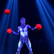 29/30.01.2016  37e Festival Mondial du Cirque De Demain et Cirque Phenix Paris29/30.01.2016  37e Festival Mondial du Cirque De Demain et Cirque Phenix Paris Special guest juggler Victor Moiseev UKR