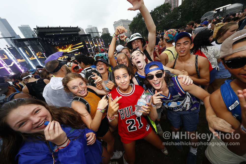 CHICAGO - JUL 29: Fans are seen at Lollapalooza on July 29, 2016 in Chicago, Illinois. (Photo by Michael Hickey/Getty Images)