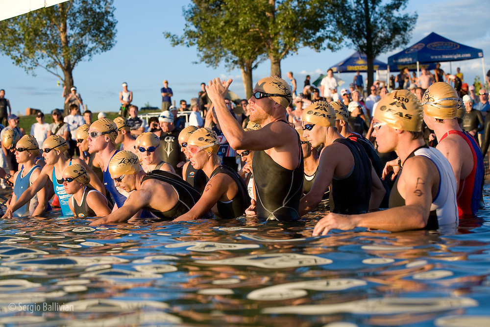 Swimmers at the starting line of the 5430 Triathlon in Boulder, CO