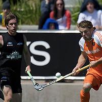 MELBOURNE - Champions Trophy men 2012<br /> Netherlands v New Zealand<br /> Nederland naar de halve finale<br /> foto: Bob de Voogd soleert..<br /> FFU PRESS AGENCY COPYRIGHT FRANK UIJLENBROEK