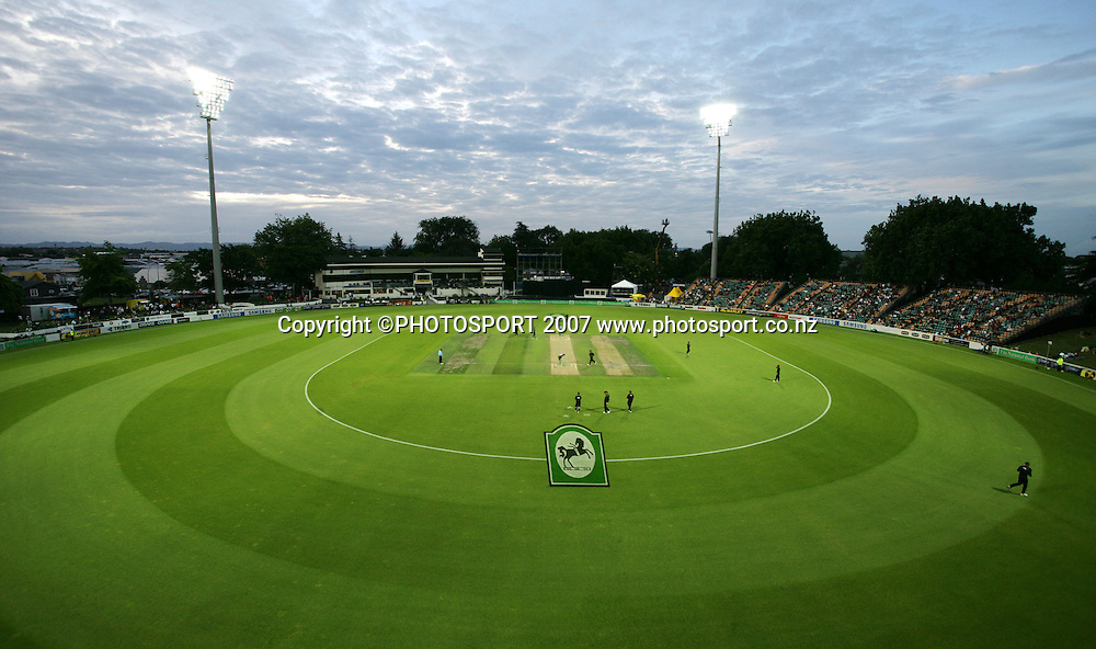 A general view of Seddon Park. New Zealand XI v Bangladeshis. Bangladesh Cyclone Relief Fund match. Seddon Park, Hamilton, New Zealand. Sunday 23 December 2007. Photo: Hagen Hopkins/PHOTOSPORT