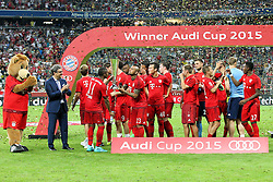 05.08.2015, Allianz Arena, Muenchen, GER, AUDI CUP, FC Bayern Muenchen vs Real Madrid, im Bild Schlussjubel, Winner des Audi Cups 2015 ist FC Bayern Muenchen, die Mannschaft feiert // during the 2015 Audi Cup Match between FC Bayern Munich and Real Madrid at the Allianz Arena in Muenchen, Germany on 2015/08/05. EXPA Pictures © 2015, PhotoCredit: EXPA/ Eibner-Pressefoto/ Kolbert<br /> <br /> *****ATTENTION - OUT of GER*****