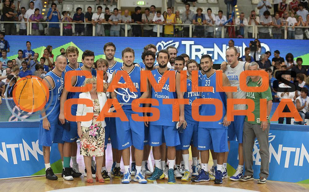 DESCRIZIONE : Trentino Basket Cup Italia-Polonia<br /> GIOCATORE : team nazionale italia<br /> CATEGORIA : premiazione premio awards<br /> SQUADRA : Nazionale Italiana<br /> EVENTO : Trentino Basket Cup<br /> GARA : Italia-Polonia<br /> DATA : 09/08/2013<br /> SPORT : Pallacanestro <br /> AUTORE : Agenzia Ciamillo-Castoria/R. Morgano<br /> Galleria : FIP nazionali 2013  <br /> Fotonotizia : Trentino basket cup Italia-Polonia<br /> Predefinita :