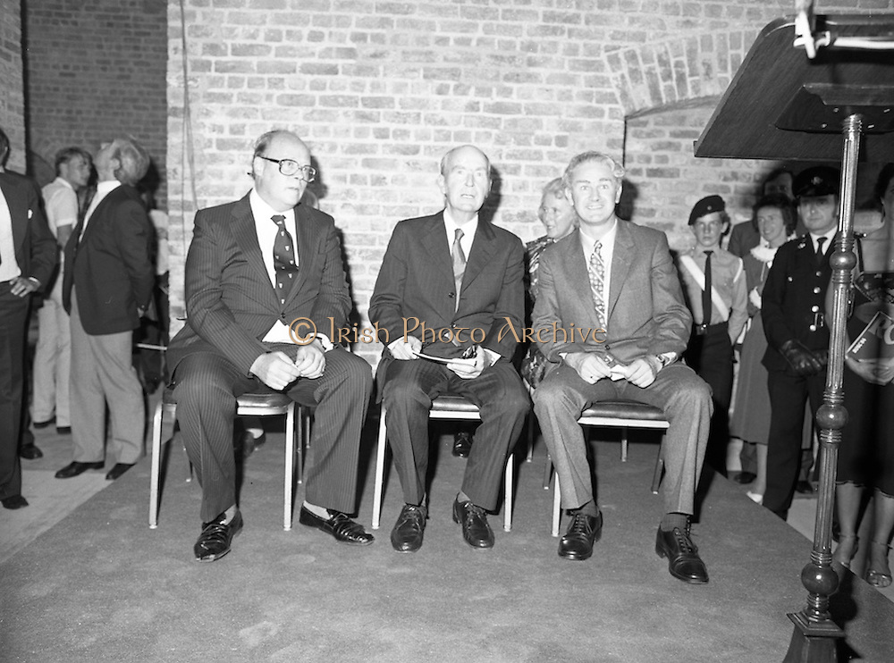24/08/1984<br /> 08/24/1984<br /> 24 August 1984<br /> Opening of ROSC '84 at the Guinness Store House, Dublin.  On the podium at the exhibition were: Lord Iveagh; President Patrick Hillery and Mr Pat Murphy ROSC Chairman.