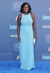 Viola Davis  bei der Verleihung der 22. Critics' Choice Awards in Los Angeles / 111216