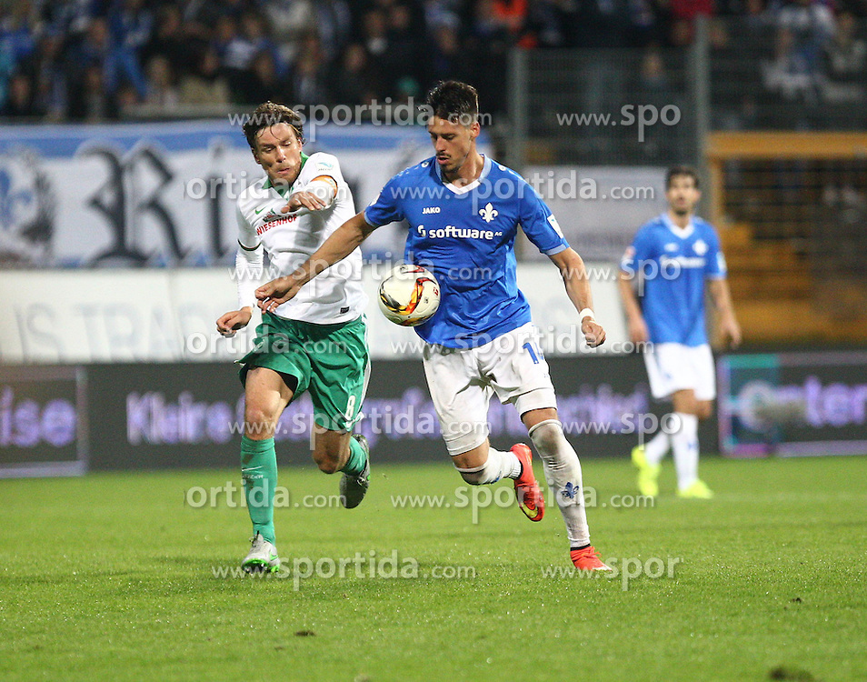 22.09.2015, Merck Stadion am Boellenfalltor, Darmstadt, GER, 1. FBL, SV Darmstadt 98 vs SV Werder Bremen, 6. Runde, im Bild Sandro Wagner (SV Darmstadt 98) im Zweikampf mit Clemens Fritz (SV Werder Bremen) // during the German Bundesliga 6th round match between SV Darmstadt 98 and SV Werder Bremen at the Merck Stadion am Boellenfalltor in Darmstadt, Germany on 2015/09/22. EXPA Pictures &copy; 2015, PhotoCredit: EXPA/ Eibner-Pressefoto/ Bermel<br /> <br /> *****ATTENTION - OUT of GER*****
