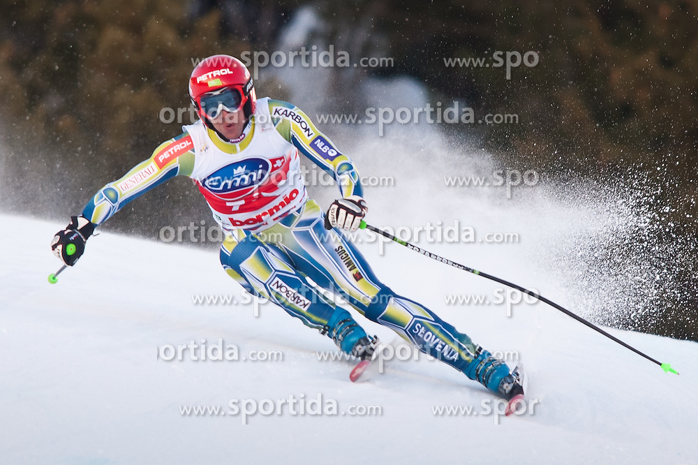 29.12.2010, Pista Stelvio, Bormio, ITA, FIS World Cup Ski Alpin, Men, downhill, im Bild Andrej Jerman (SLO, #7). EXPA Pictures © 2010, PhotoCredit: EXPA/ J. Groder