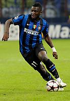 Sulley Muntari (Inter) <br /> Milano 20/10/2009 Stadio Giuseppe Meazza San Siro<br /> Inter Dinamo Kiev 2-2 - Uefa Champions League 2009-2010 - Match Day 3.<br /> Foto Giorgio Perottino / Insidefoto