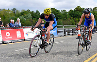 Photo: Paul Greenwood/Richard Lane Photography. Strathclyde Park Elite Triathlon. 17/05/2009. <br />England's Jodie Swallow, left, leads in the cycle race from Scotland's Kerry Lang.