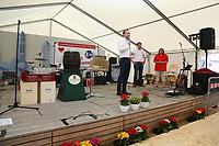 Mannheim. 15.07.17 | Neue Kerwe In Wallstadt<br /> Wallstadt. Marktplatz am Rathaus. Die Neue Kerwe. Mit buntem Programm. Er&ouml;ffnung am Samstag Mittag.<br /> <br /> BILD- ID 0086 |<br /> Bild: Markus Prosswitz 15JUL17 / masterpress (Bild ist honorarpflichtig - No Model Release!)