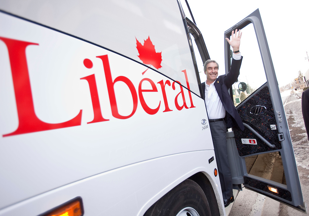 London, ONT.; April 1, 2011--  Liberal leader Michael Ignatieff waves as he boards his campaign bus following a round table meeting on home care at the VON offices in London, Ontario, April 1, 2011.<br /> <br /> (GEOFF ROBINS/ Postmedia News)