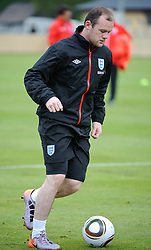 19.05.2010, Arena, Irdning, AUT, FIFA Worldcup Vorbereitung, Training England, im Bild Wayne Rooney (Manchester United), EXPA Pictures © 2010, PhotoCredit: EXPA/ S. Zangrando / SPORTIDA PHOTO AGENCY