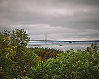 Mackinac Bridge. Image taken with a Nikon D200 camera and 18-75 mm kit lens.