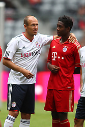 02.07.2011, Allianz Arena, Muenchen, GER, 1.FBL, FC Bayern Muenchen Saisoneroeffnung , im Bild Arjen Robben (Bayern #10) mit David Alaba (Bayern #27)  , EXPA Pictures © 2011, PhotoCredit: EXPA/ nph/  Straubmeier       ****** out of GER / CRO  / BEL ******