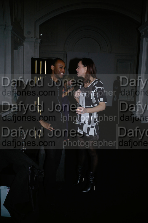 LINZI STOPPARD AND DAMIAN DARKKO. Cos Collection launch. Launch of new Hennes And Mauritz brand. Royal academy of Arts. Burlington Place. london. 14 march 2007.  -DO NOT ARCHIVE-© Copyright Photograph by Dafydd Jones. 248 Clapham Rd. London SW9 0PZ. Tel 0207 820 0771. www.dafjones.com.