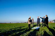 WAGENINGEN - King Willem-Alexander during the visit to the nature reserve Mooi Binnenveld. Willem-Alexander visits the project in the context of Samen Doen #krachtvansamen.  copyright robin utrecht