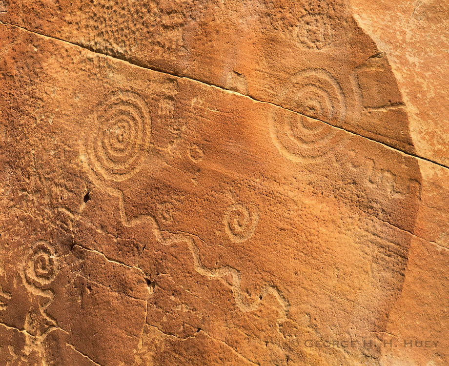 0204-1035 ~ Copyright: George H. H. Huey ~ Anasazi culture petroglyphs along Chaco Wash, near Wijiji. Chaco Culture National Historical Park, New Mexico.