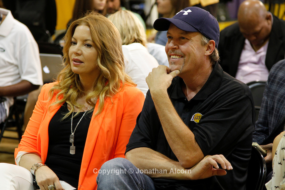 Los Angeles Lakers owners Jeanie Buss and her brother Jim Buss attend a news conference announcing Dwight Howard signing with the team at the Lakers practice facility in El Segundo, California, August 10, 2012.