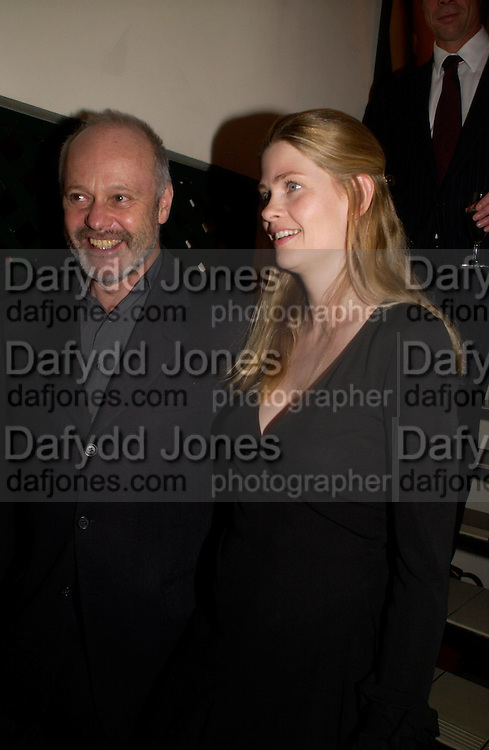 Mike Radford. Dinner at San Lorenzo, Beauchamp Place after Tod's hosts Book signing with Dante Ferretti celebrating the launch of 'Ferretti,- The art of production design' by Dante Ferretti. 19 April 2005.  ONE TIME USE ONLY - DO NOT ARCHIVE  © Copyright Photograph by Dafydd Jones 66 Stockwell Park Rd. London SW9 0DA Tel 020 7733 0108 www.dafjones.com