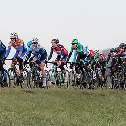 05-03-2016: Wielrennen: Ster van Zwolle: Zwolle<br /> ZWOLLE (NED) wielrennen:  <br /> De Ster van Zwolle is traditionele opening van het Nederlandse wielerseizoen. De 56e editie van de Ster kende mede door een gebrek aan wind