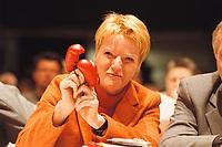 14 OCT 2000, COTTBUS/GERMANY:<br /> Gabi Zimmer, designierte PDS Vorsitzende, mit einem Paar Boxhandschuhe im Kleinformat, 7. Parteitag der PDS<br /> IMAGE: 20001014-01/02-34<br /> KEYWORDS: party congress, Parteivorsitzende