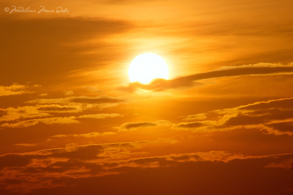 The glory of golden sunset Ireland, County Kerry, Ireland / lg026