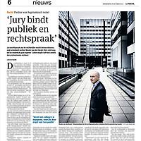 Tekst en beeld zijn auteursrechtelijk beschermd en het is dan ook verboden zonder toestemming van auteur, fotograaf en/of uitgever iets hiervan te publiceren <br /> <br /> Parool 24 oktober 2013: scheidend rechter Wouter van den Bergh over juryrechtspraak