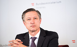 "25.02.2019, Innenministerium, Wien, AUT, Bundesregierung, Pressekonferenz zum Thema ""Aktuelles aus dem Bereich Asyl und Fremdenwesen, im Bild Matthias Vogl (Leiter Sektion III ""Recht"") // during a media conference at the interior ministry due to asylum topic in Vienna, Austria on 2019/02/25, EXPA Pictures © 2019, PhotoCredit: EXPA/ Michael Gruber"