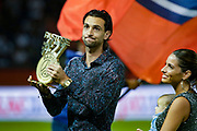 ex PSG Javier Pastore holds a trophy during the French championship L1 football match between Paris Saint-Germain (PSG) and Caen on August 12th, 2018 at Parc des Princes, Paris, France - Photo Geoffroy Van der Hasselt / ProSportsImages / DPPI