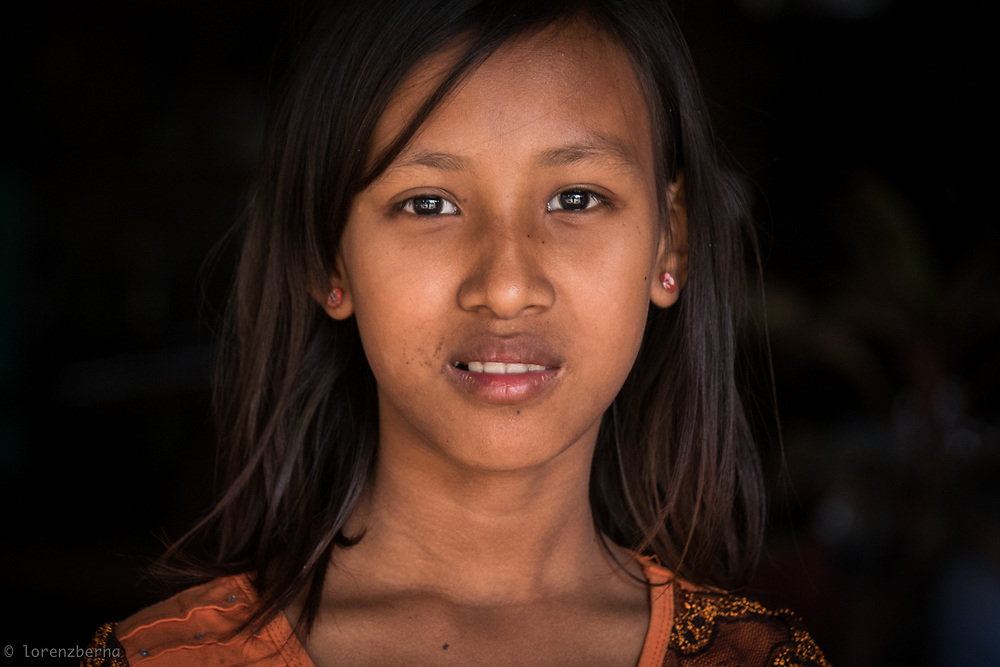 Portrait of a young burmese girl.