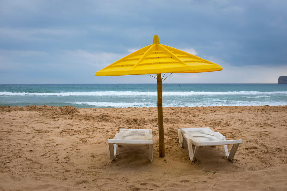 Parasol and sunbeds, Praia do Beliche, Sagres, Algarve, Portugal