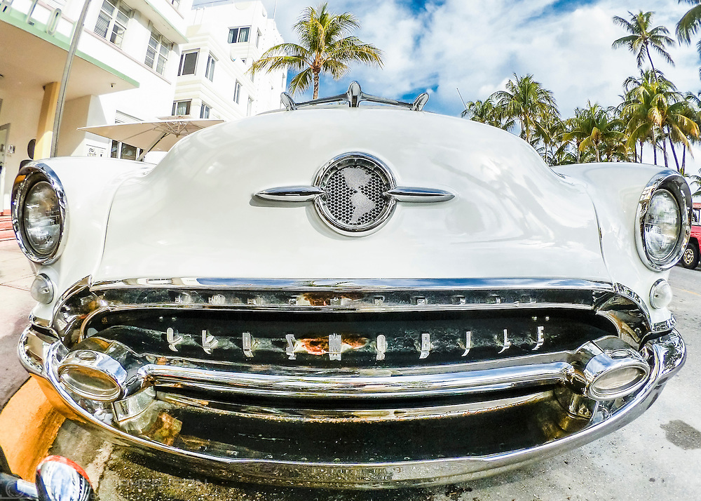 A 1965 Oldsmobile outside the Avalon on Ocean Drive at sunrise. Miami Beach, Florida, USA.<br /> Picture date: Friday January 27, 2017.<br /> Photograph by Christopher Ison &copy;<br /> 07544044177<br /> chris@christopherison.com<br /> www.christopherison.com