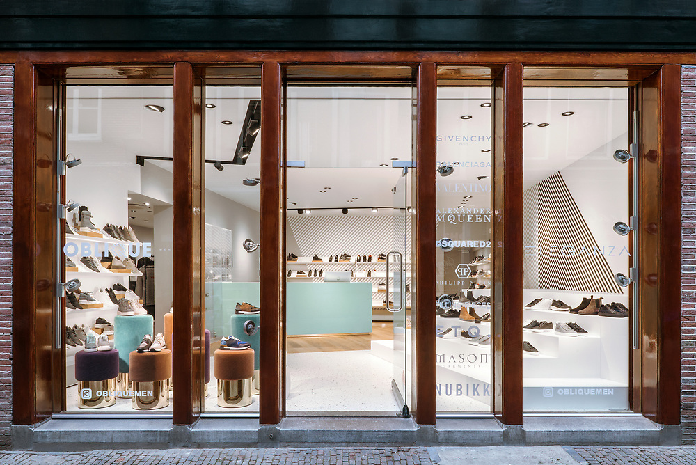 Oblique Menswear/Eleganza Clothes Shop, Utrecht. Interior Design by The Invisible Party, Amsterdam. <br /> Photographer: Sal Marston Photography