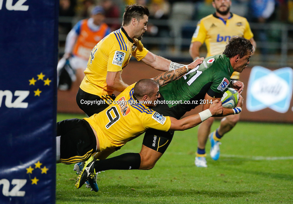 Bull's Handre Pollard dives over to score a try during the Super Rugby match, Hurricanes v Bulls, McLean Park, Napier, New Zealand. Saturday, 05 April, 2014. Photo: John Cowpland / photosport.co.nz
