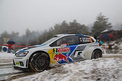 16.01.2014, Shakedownstrecke, Gap, FRA, FIA, WRC, Rallye Monte Carlo, 1.Tag, SS Laborel 1, im Bild LATVALA Jari Matti / ANTTILA Miikka ( VOLKSWAGEN MOTORSPORT (DEU) / VOLKSWAGEN POLO R ) verliert viel Zeit im Schneematch, Aktion / Action // during the Shakedown on day one of FIA Rallye Monte Carlo held near Monte Carlo, France on 2014/01/16. EXPA Pictures © 2014, PhotoCredit: EXPA/ Eibner-Pressefoto/ Neis<br /> <br /> *****ATTENTION - OUT of GER*****