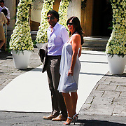 ITA/Siena/20100717 Wedding of soccerplayer Wesley Sneijder and tv host Yolanthe Cabau van Kasbergen, Pierre van hooijdonk en partner