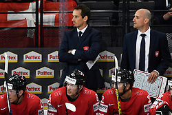 06.05.2017, AccorHotels Arena, Paris, FRA, IIHF WM 2017, Schweiz vs Slowenien, Gruppe B, im Bild Trainer Patrick Fischer (SUI) und Assistenztrainer Christian Wohlwend (SUI) // during the group B match of 2017 IIHF World Championship between Switzerland and Slovenia at the AccorHotels Arena in Paris, France on 2017/05/06. EXPA Pictures © 2017, PhotoCredit: EXPA/ Freshfocus/ Urs Lindt<br /> <br /> *****ATTENTION - for AUT, SLO, CRO, SRB, BIH, MAZ, ITA only*****