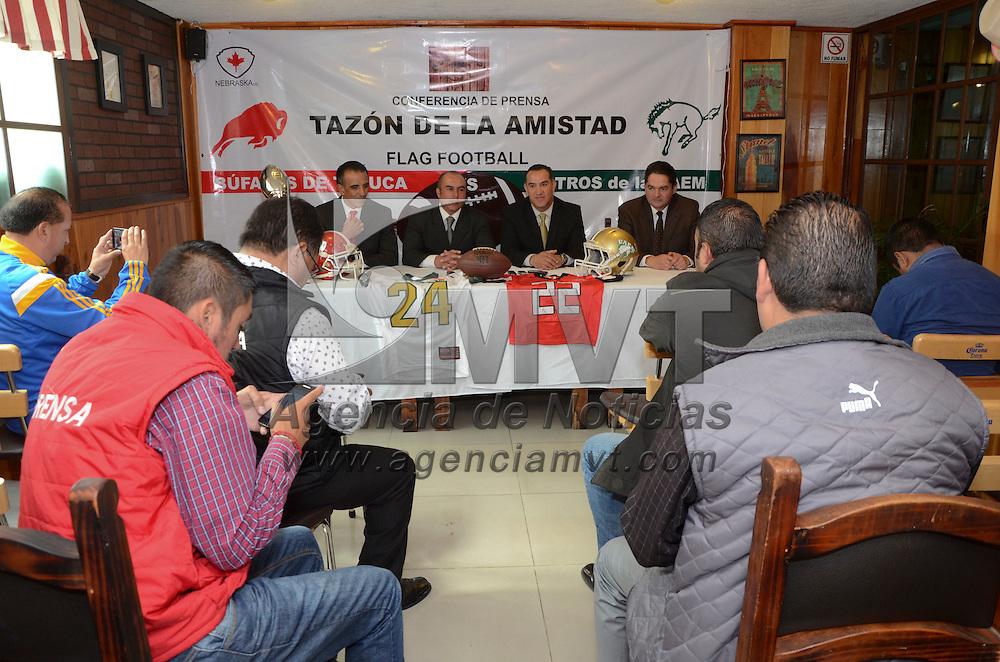 Toluca, México (Agosto 30, 2016).- En conferencia de prensa directivos de Potros de la UAEM  y Búfalos de Toluca anunciaron la cuarta edición del Tazón de la Amistad que se realizará el próximo sábado 3 de septiembre, en Santa Cruz Atzcapotzaltongo.  Agencia MVT / José Hernández.