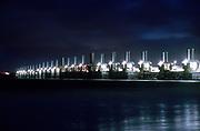 De Oosterscheldekering bij nacht. Deltawerken in Zeeland. Kodak Ektar