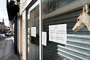outdoors sports shop closed during the Covid 19 crisis and lockdown France Limoux April 2020
