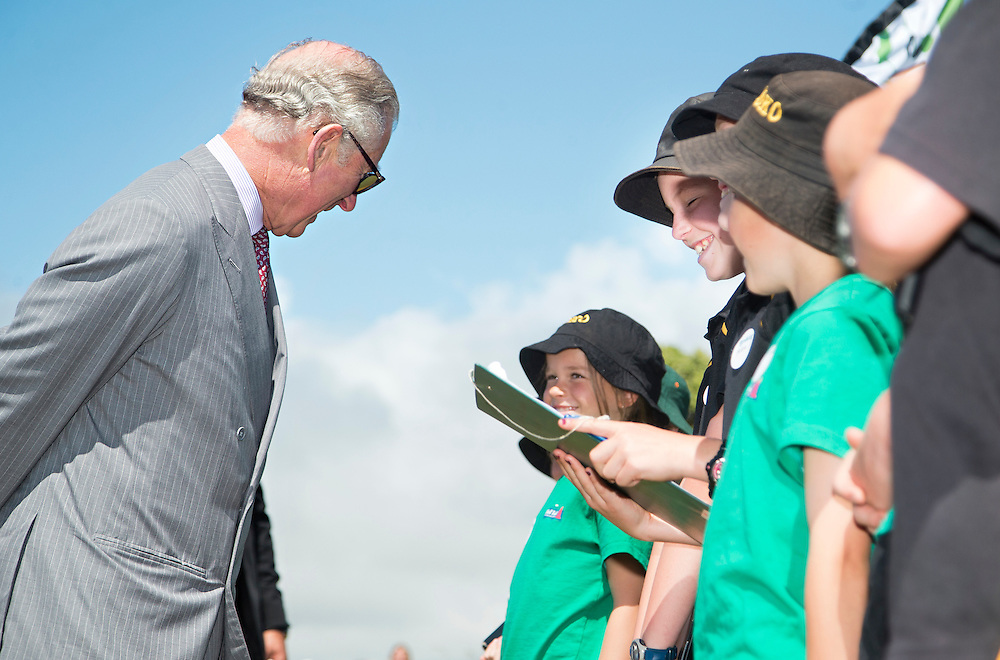 Prince Charles, Prince of Wales meets with school kids after crossing the Te Rewa Rewa Bridge and walking the Coastal Walkway, New Plymouth, New Zealand, New Zealand, Monday, November 09, 2015. Credit:SNPA / Fairfax, Charlotte Curd  **POOL**